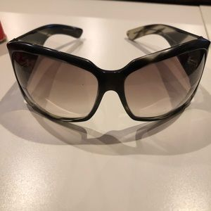 Gucci sunglasses- black frames and silver details
